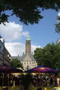 Stadhuisplein Rotterdam - Uitgaansgebied met terrassen