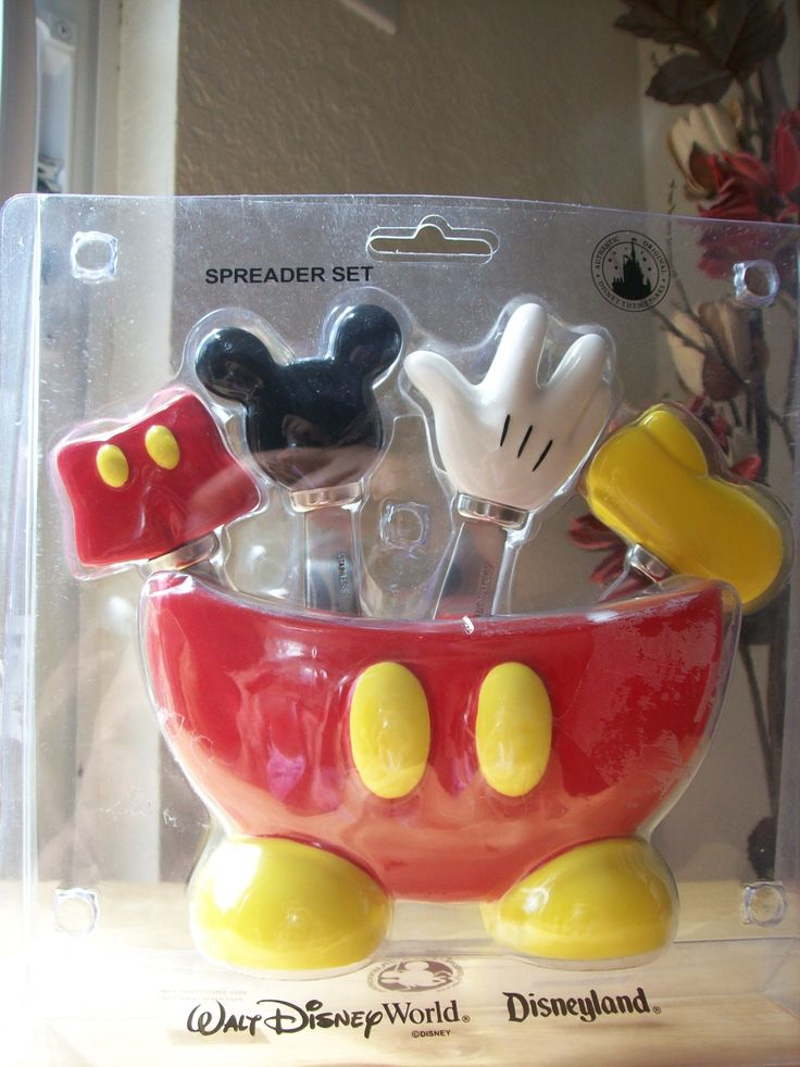 Superior Disney Mickey Mouse Body Parts Spreader Set