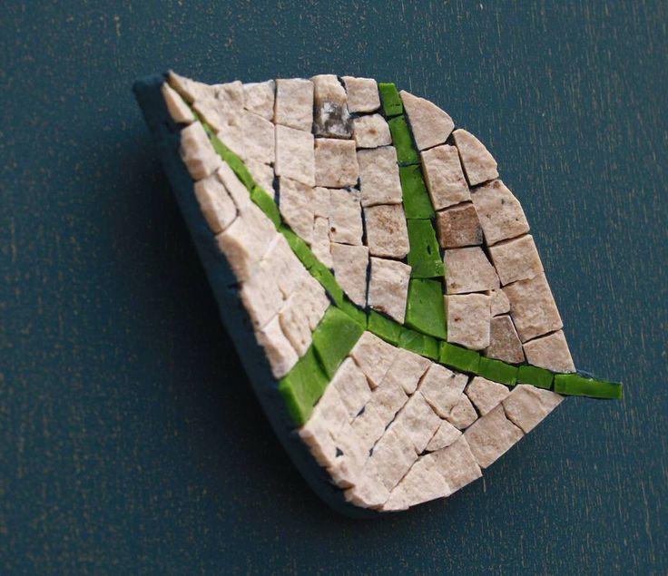 Mosaico Artigiano – Laboratorio di artigianato artistico   la foglia