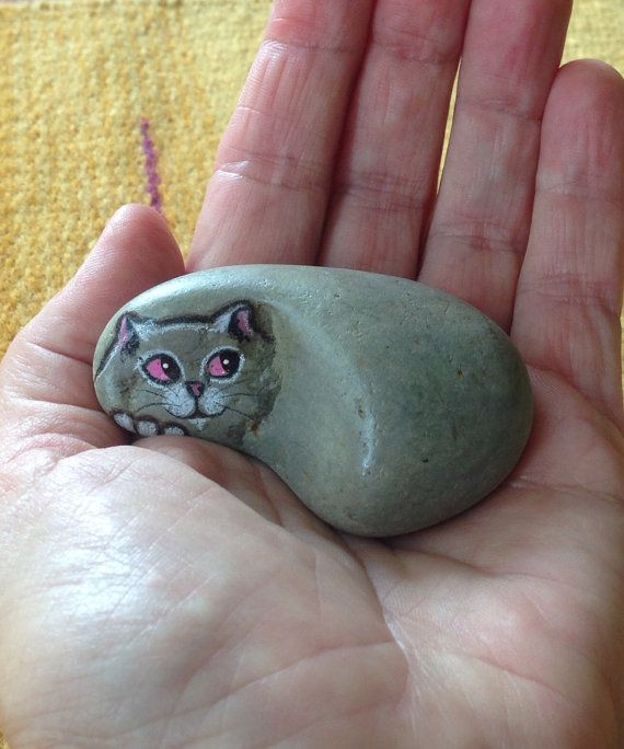 MINIATURE Hand Painted River Rock Cat Miniature. by qvistdesign