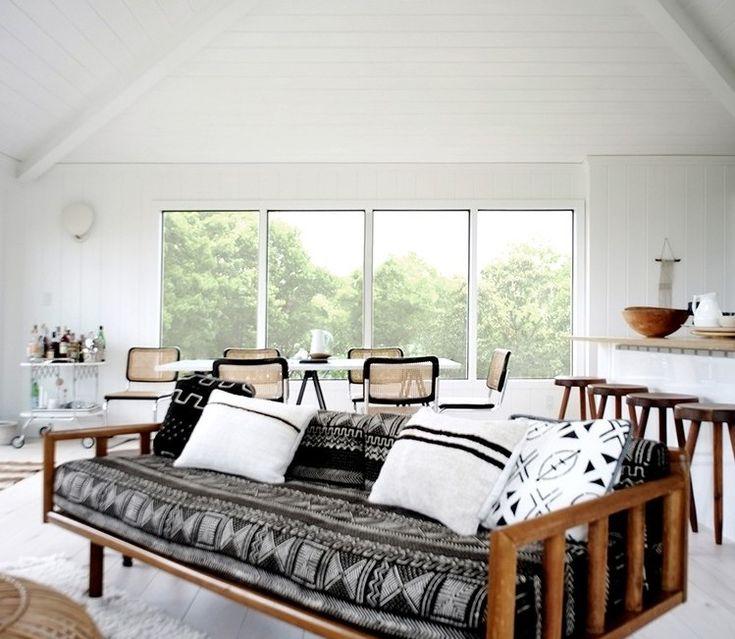 Beach House Interior Decor: 1000+ Ideas About Hamptons Beach Houses On Pinterest