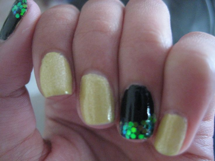The yellow is absolutely beautiful. Zoya Piaf- it's like a pale yellow/gold and I love it :D