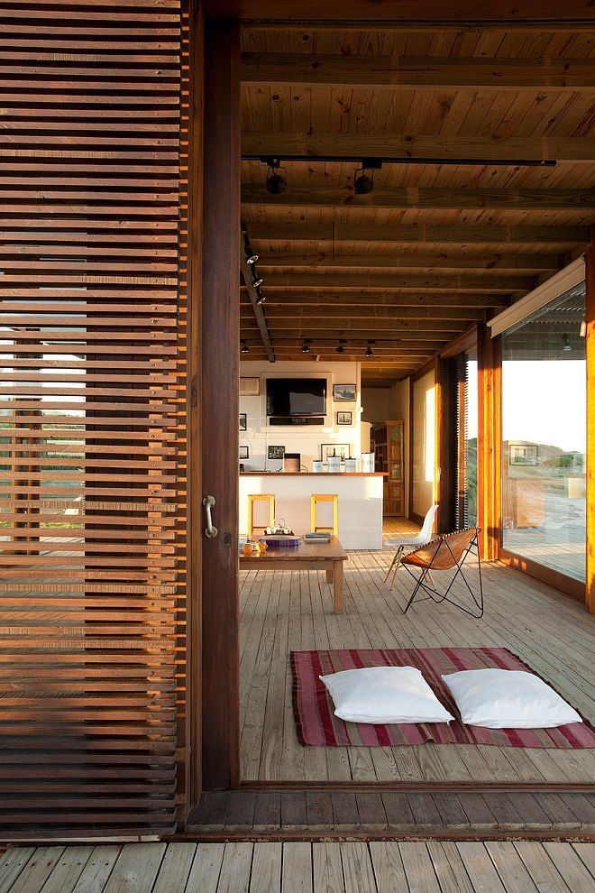 apostrophe9: Photo* Timber deck+slat-wall