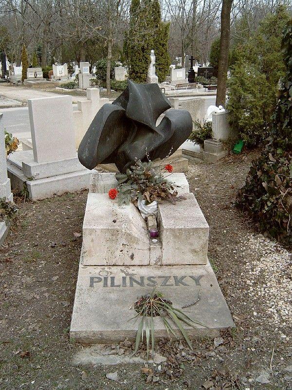 Pilinszky János sírja