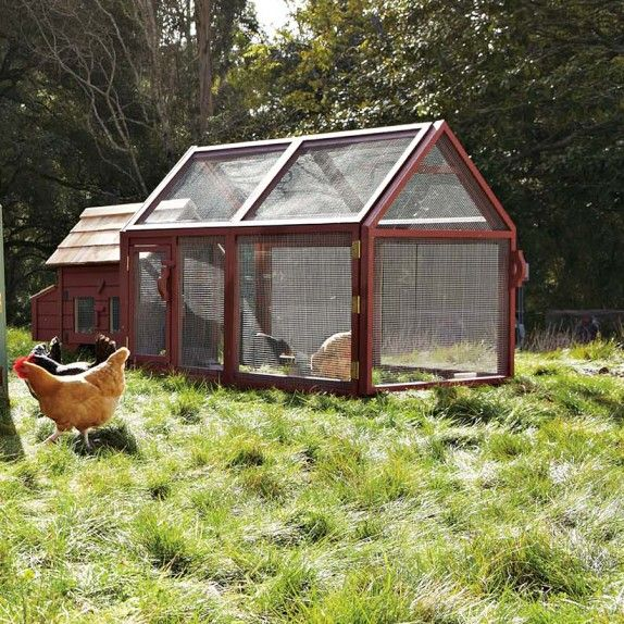 67 best images about chicken coops on pinterest chicken for Cute chicken coop ideas