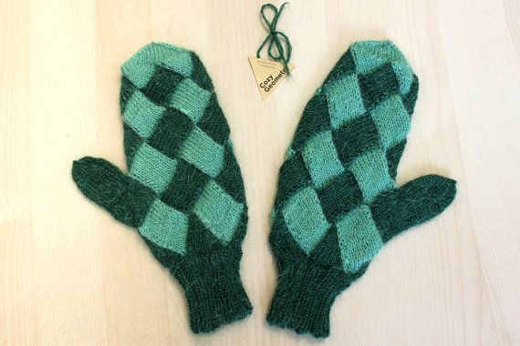 Mohair Green Mittens / Warm Two Colors Entrelac by PellMellShop