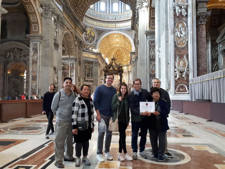 Look just how empty St. Peter's Basilica looked on November 2nd! We are happy that our clients got to visit the Vatican Museum with one of our great guides Davide and see all of the highlights early in the morning. For more information about our Vatican Early Entrance Small Group Tour: www.livitaly.com/tour/early-entrance-vatican-small-group-tour/?src=pinterest