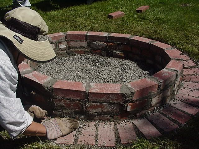 72 best images about fire pits on pinterest backyards for Brick fire pit construction