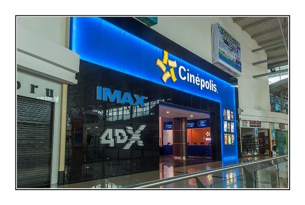 """""""ABCD 2 could be the first Hindi film to be presented in 4DX at Cinepolis Viviana Mall Thane"""": Mayank Shroff http://www.indianshowbiz.com/?p=74236"""