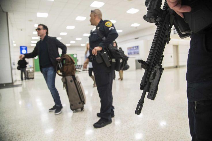 Houston police patrolling Houston airports with AR-15s - Houston Chronicle