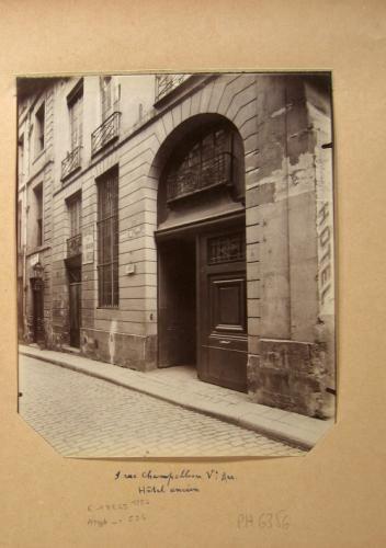 Hôtel, 9 rue Champollion, 5ème arrondissement (ancienne rue des Maçons), Paris | Paris Musées