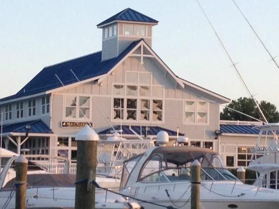 Looking for good seafood in Hampton, VA--Surf Riders
