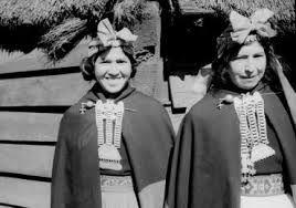 Resultado de imagen para traje tipico mapuche niña