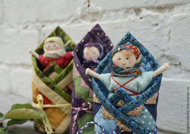 """Купить """"Младенчик в лоскутном одеяле"""" - куколка для игры - комбинированный, куколка, младенчик, кукла для игры"""