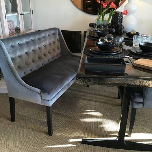 Richard 2-personers bænk til spisebord i velour eller stof