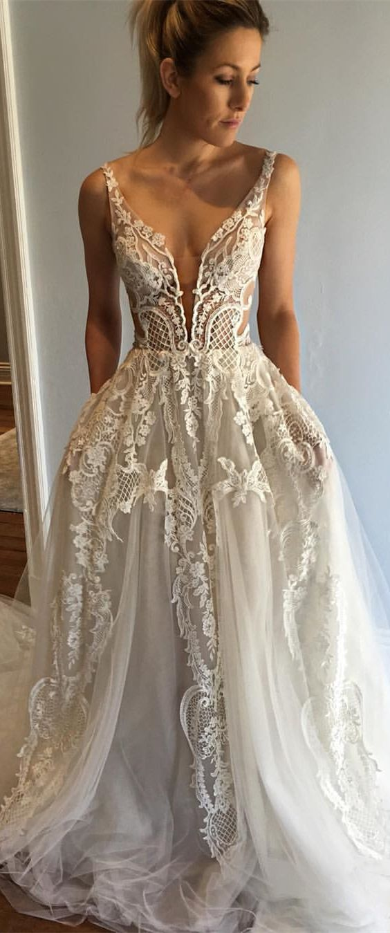 fashion ivory lace wedding dress with court train, elegant deep v-neck  bridal dress with tulle train