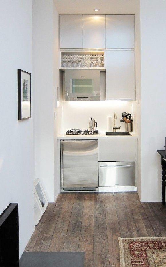 Ett litet kök behöver inte betyda att det inte kan vara funktionellt. Här är 15 små kök med smarta lösningar, både när det kommer till förvaring och arbetsytor.