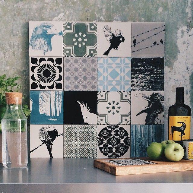 Proud to present The Birdie Box  2. backsplash in our new series of matte tiles. If you wanna take a closer look to theese feathered friends, you can find them on our webshop for 2370kr/315.92€  #arttiles #thebirdiebox #handprinted #tiles #fliesen #tegels #kakler #platter #platten #kitchen #kitcheninspiration #køkken #køkkeninspiration