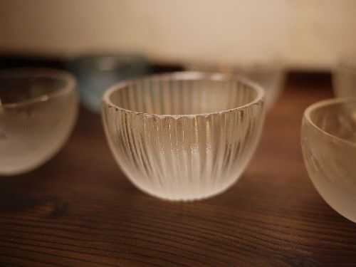 beautiful glass tea bowls
