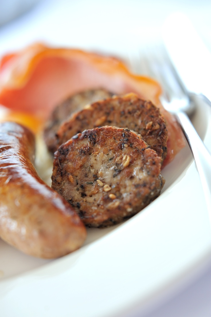 Kernow Sausage Company: award-winning bacon, hog's pudding and sausages. For more information on the product range and where to buy log on to http://www.kernowsausages.com
