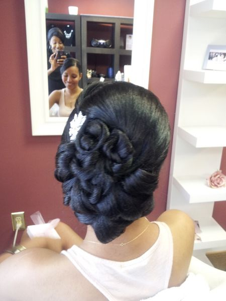 Bridal Hair Style, vintage updo, clean updo, African American bridal hair, big side bun, detailed updo, classic updo