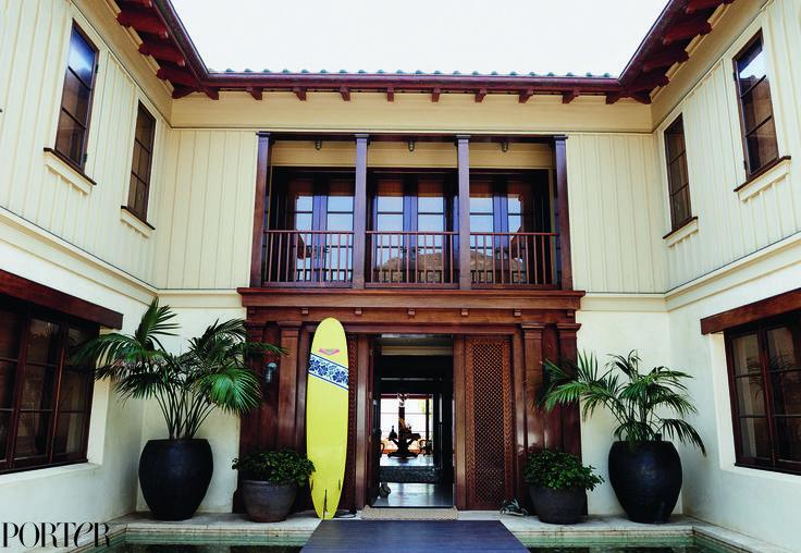 Cindy Crawford Talks Turning 50 in Her Stunning Malibu Home via @MyDomaine
