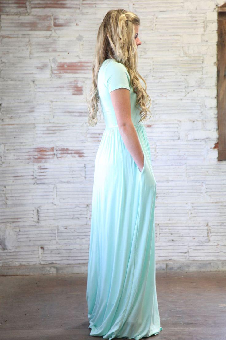'Zoe' Short Sleeve Solid Color Modest Maxi Dress