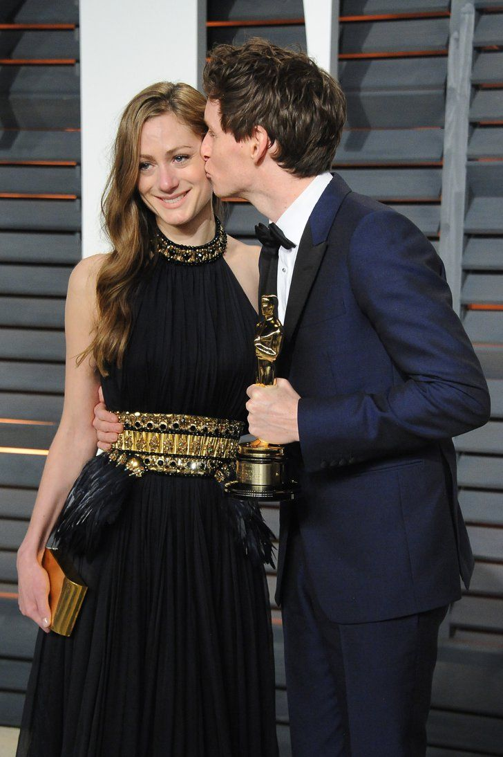 Pin for Later: See All Your Favourite British Stars at the Oscars Hannah Bagshawe and Eddie Redmayne Eddie kept a grip on his Oscar as he stole a kiss from his wife outside Vanity Fair's Oscars afterparty.