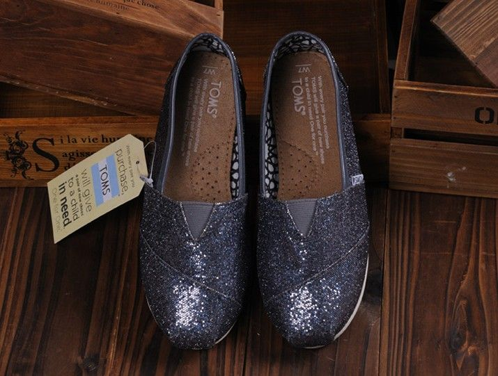 I enjoy these shoes.this is my favorite,It's pretty cool (: Check it out! | See more about glitter shoes, toms shoes outlet and toms outlet shoes.