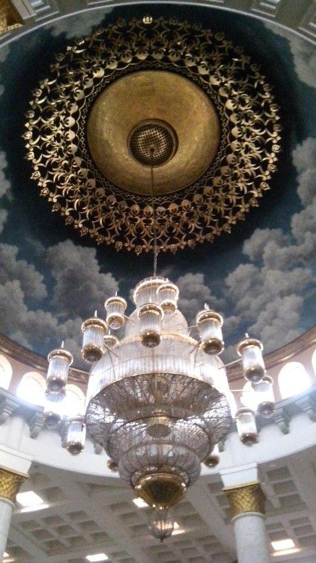 Lamp. Ceiling. Masjid