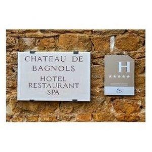 Le Chef étoilé, Jean-Alexandre OURATTA, du château de Bagnols vous accueille et vous livre tout son 'savoir-faire' pour un moment de pur délice. A découvrir absolument. Un endroit exceptionnel - Besoin d'informations ? Alors cliquez sur 'Premier contact' - 69330 #Jonage