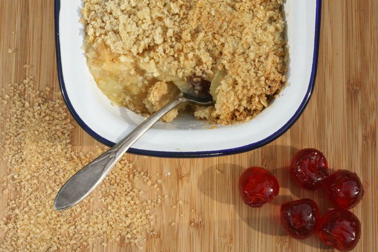 A story book inspired pudding.  Home comfort food at its best.  Apple crumble.