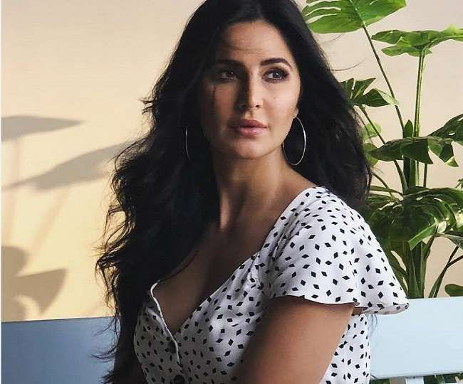 Sooryavanshi Katrina Kaif Shared A Photo Of Police Uniform Know What Is Special News Samachar Katrina Kaif Hot Pics Katrina Kaif Katrina Kaif Photo