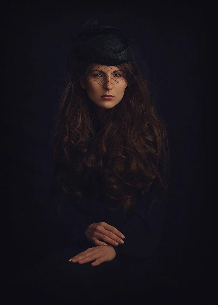 Elegant - Model: Izabela Jj