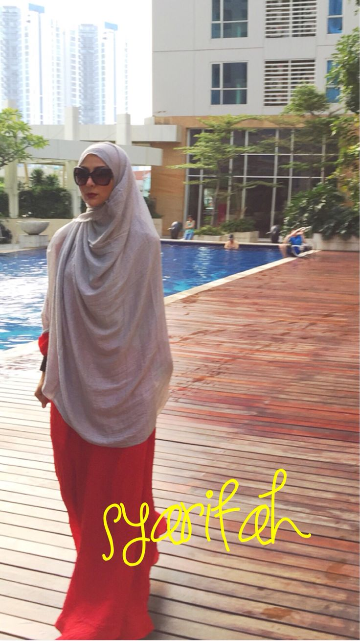 Sarahvi wearing syarifah dress salwa shawl  Dress in 3 color Limited shawl  Only 3 color  More info  Be you,Be syar'i,Be a great muslimah For order/info  admin Wa +62813-2202-1001|| PIN BB 5276d7aa Open Monday-Friday 8am-10pm No spam please