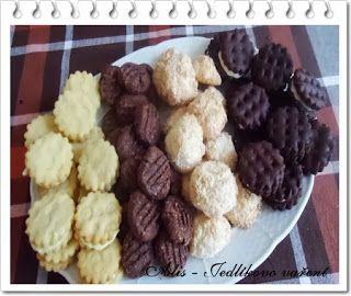 Jedlíkovo vaření:  domácí sušenky Jedlíkovo vaření: Domácí KOKA sušenky  #baking #cukrovi #vanoce #susenky #cookies #recept