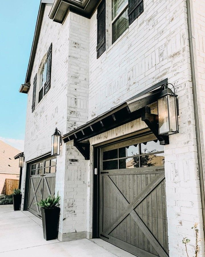 Farmhouse Is My Style On Instagram Stunning White Washed Brick Modern Farmhouse With Black Win White Wash Brick Exterior Whitewash Brick House Exterior Brick