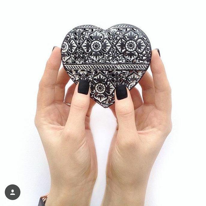 Matte love! Matte top - https://ysbeauty.pl/matte-top Hybryda 99397 - https://ysbeauty.pl/gel-polish-99397 Wyk by @crystalnailstudio #LeVole #beautyservicepl #paznokciezelowe #paznokcie #ysbeauty #paznokcie #matte