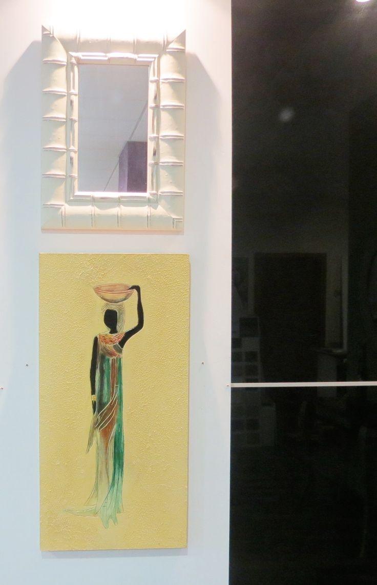 Cuadro amarillo con motivo étnico y espejo con marco en madera blanca | Artículos decorativos | Decoración del hogar