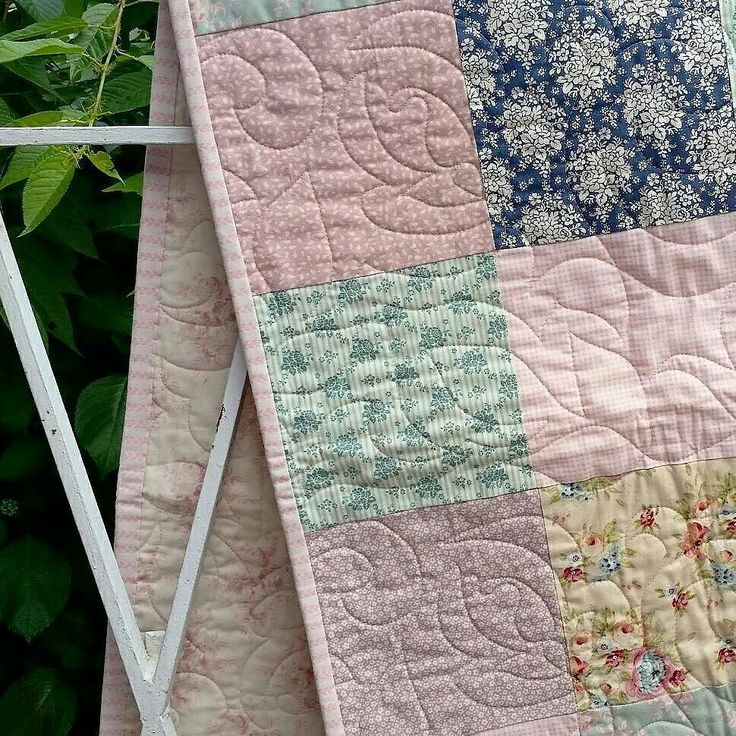 { c l e a r a n c e }  excited to share the latest addition to the clearance items my #etsy shop: LOVE YOU throw or cot quilt 25% off with the code WRAPITUP means you can pop this quilt under your Christmas tree for only $100  #handmade #quilt #patchwork #tildafabric #floral #vintagestyle #etsyseller #bedroomdecor #girlsroom #kidsdecor #bedding #homebeautiful #sweetdreams #sleeppretty #heirloom #quiltsofinstagram #shopsmall #christmasgift #handmadechristmas  #nurserybedding #babybedding…