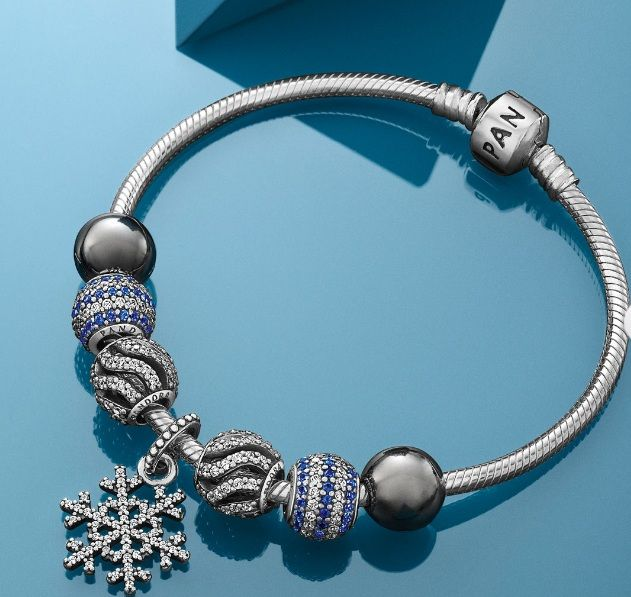 Pandora Xmas 2013 Trends: Ice Blue