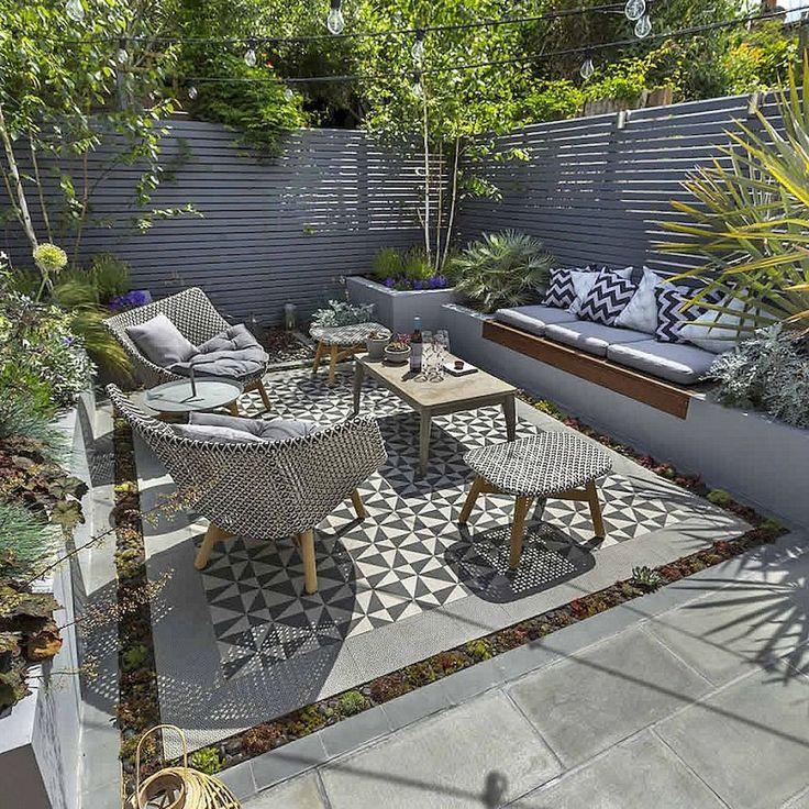 Low maintenance small backyard garden ideas (40)