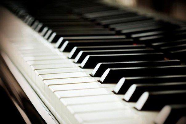 Негромкая фортепианная инструментальная музыка