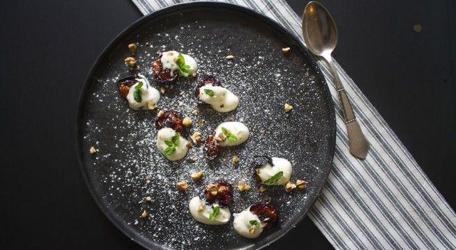 Bagte blommer med vanilje // baked plums and vanilla