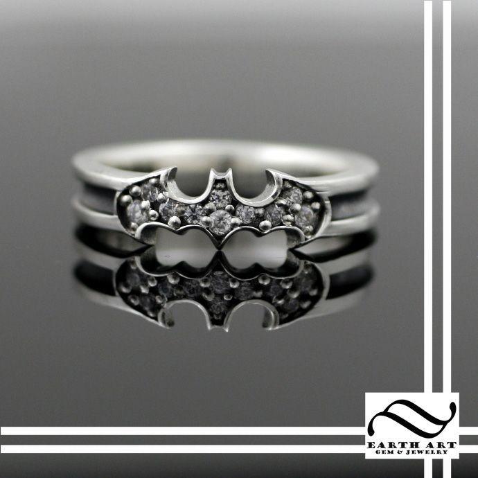 Best 25+ Batman wedding rings ideas on Pinterest   Batman ...