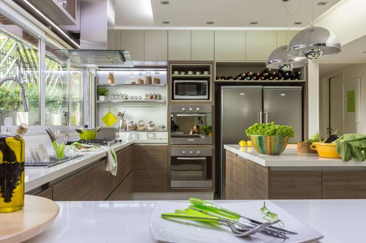 detalle de mobiliario : Cozinhas modernas por GUTMAN+LEHRER ARQUITECTAS