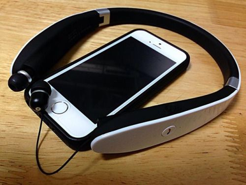 Bluetooth Earphones (SX-991) Its suitable for Jazz. Going to Fitness club with Sadao Watanabe Nabesada sound. 低音が響くのでジャズなんかに良さそうです Apple Music で 渡辺貞夫バッチリです #headset #ヘッドホン #bluetooth #sx991 #earphones #earphone via Earphones on Instagram - Best Sound Quality Audiophile Headphones and High-Fidelity Premium Earbuds for Hi-Fi Music Lovers by AudiophileCans