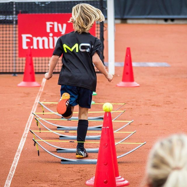 MoveQ at Swedish Open, ATP & WTA tennis tournament Kids Day in Båstad, Sweden 2016. Proving purposeful and playful movement challenges. Making your kids love moving and take the fast lane towards success while having great fun. Surpassing their peers in motor and cognitive capacity. Find more information on our website moveq.org. moveq #mq #3dfunction #feelbetter #movebetter #performbetter #move #learn #grow #live #playful #fun #challenge #success #fun2move #cool2move #master2move…