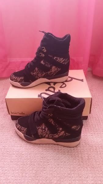 Shoe Dazzle Womens Wedge Sneakers Announce  sz7.5 $45 + Free U.S. Shipping #shoedazzle