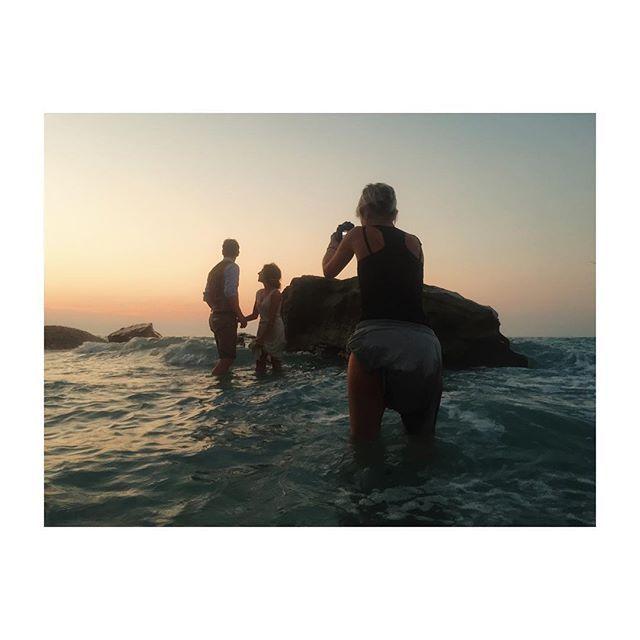 Casalanguida 6 Agosto 2015 M+S// #sunset #sundown #tramonto #sea #mare #love #wedding #weddingday #weddingvideo #video #videographer #ig_italia #abruzzo #italy #picoftheday #followme #jessicaballerini  www.jessicaballerini.it @zonzo_ph @vladymoraru @2b1yourweddingvideo